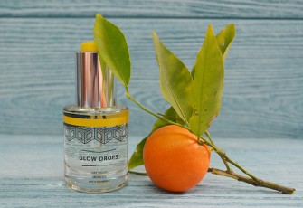 The Hero Project Glow Drops Dry Touch Facial Oil with Vitamin C