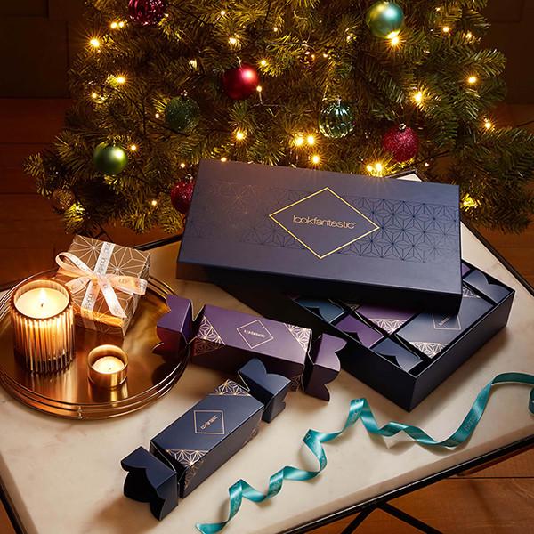 Lookfantastic Christmas Beauty Crackers 2019