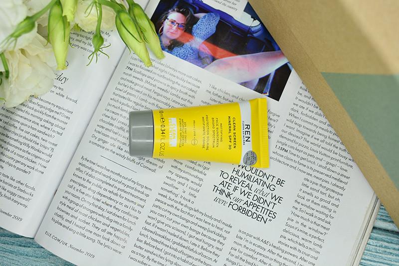 Ren Clean Screen Mineral SPF30 Mattifying Broad Spectrum Face Sunscreen