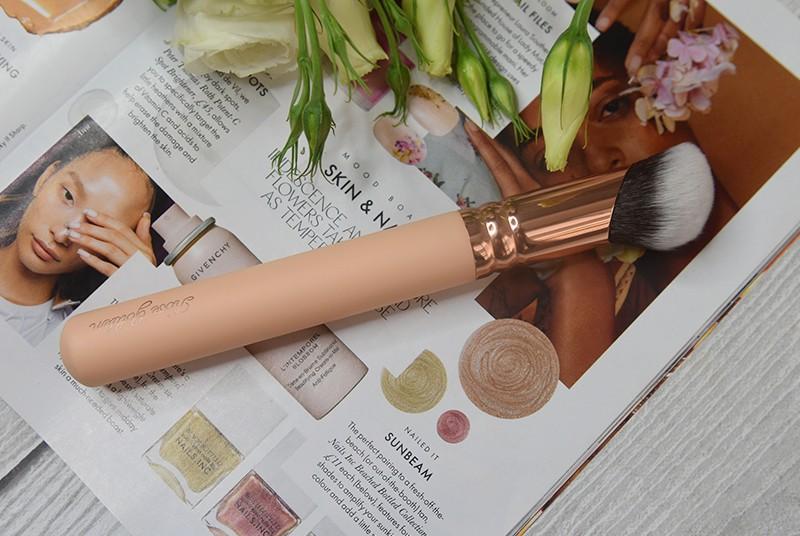 Zoeva Rose Golden Vol.2 118 Multi Liquid Brush